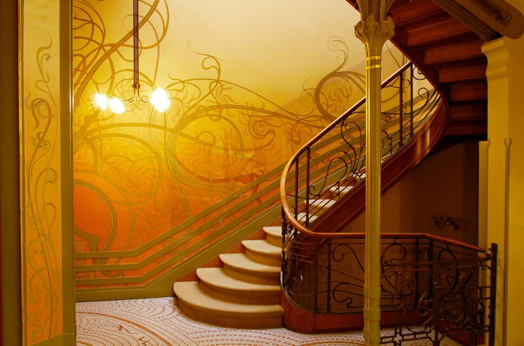 Victor Horta biophilic design stairs